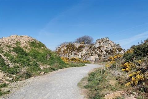 Path leading to Trespan Rock